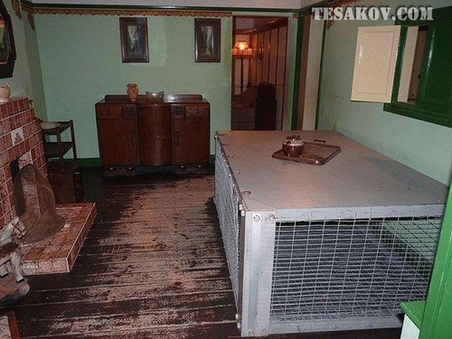 домашнее укрытие от ночной бомбежки - защищенная кровать фото