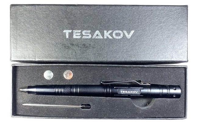 """Тактическая ручка со стеклобоем и фонариком """"Tesakov"""""""