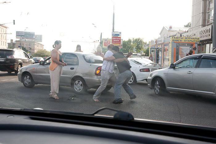 действия при нападении на дороге