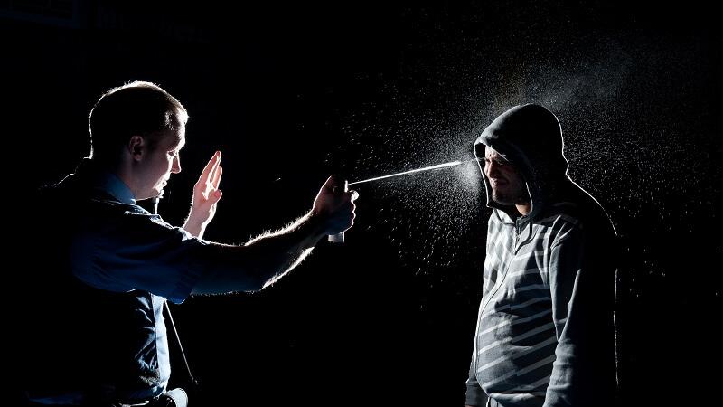 применение разращенного оружия для самообороны